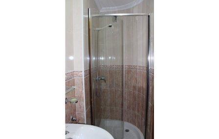 badkamer 2 bathroom